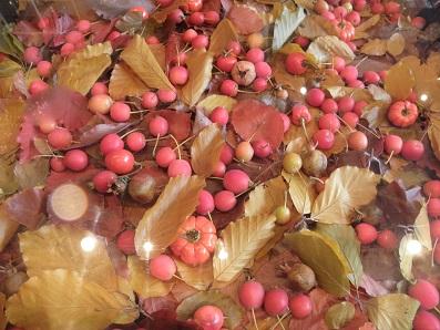ニコライ・バーグマンカフェ、秋のテーブル