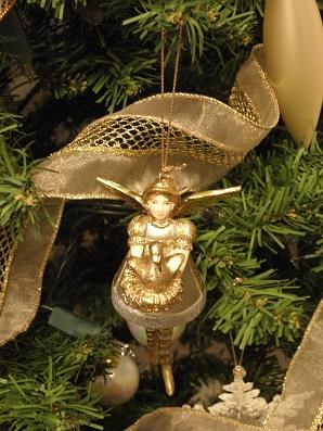 金のガチョウを運ぶ天使 オーナメント
